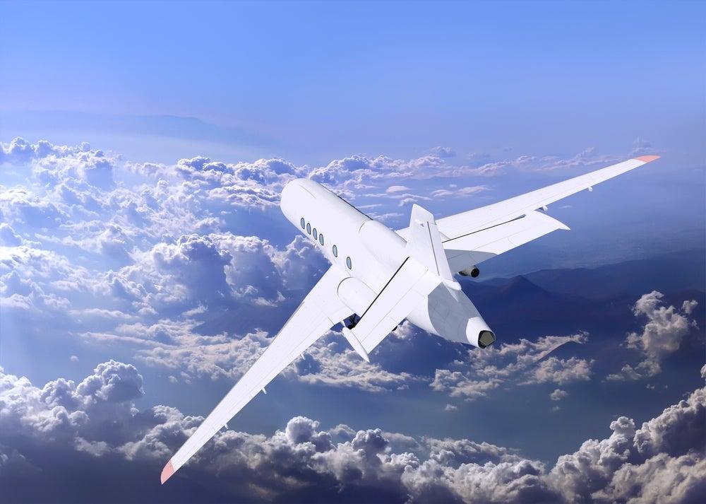 Alitalia amica dell ambiente blog di viaggi edreams for Cambio orario volo da parte della compagnia