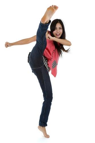 Una praticante di kung fu