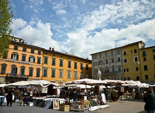 Mercato dell'antiquario di Lucca