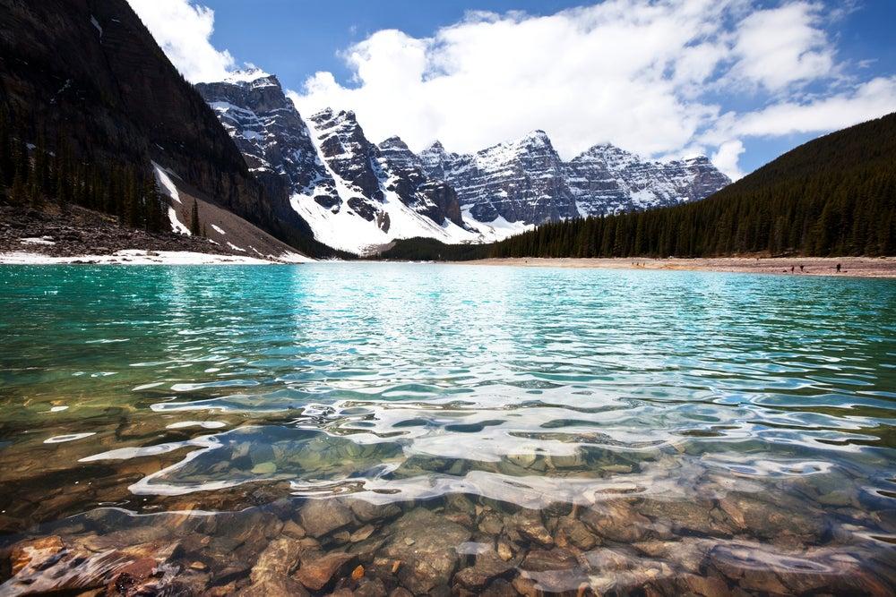 I 10 laghi pi grandi e rilassanti del mondo il blog for Affitti cabina grande lago orso