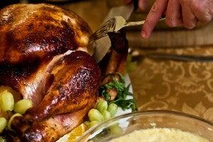 Il tacchino ripieno del Giorno del Ringraziamento negli USA