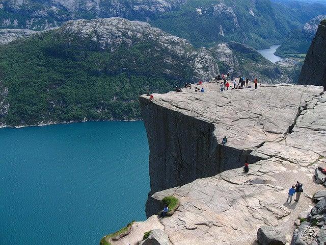 miradouro panorâmico Preikestolen Noruega