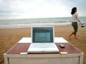 Spiaggia senza tecnologia