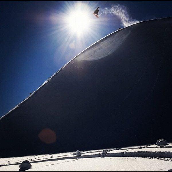 snowboardermag