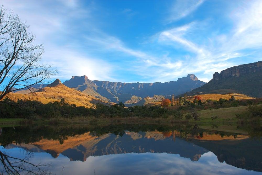 I 10 laghi pi grandi e rilassanti del mondo il blog for Disegni di laghi