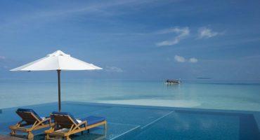 10 fotografie delle piscine infinite più spettacolari