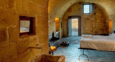 Primitivo-chic: i 5 migliori hotel scavati nelle grotte