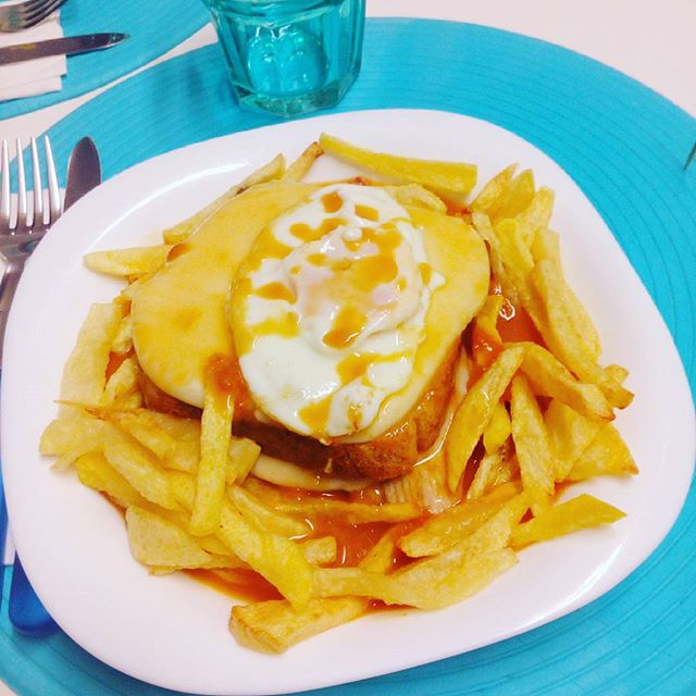 Francesinha typical food from Porto