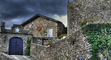 Vacanze da brivido: 10 ville e castelli stregati in Italia