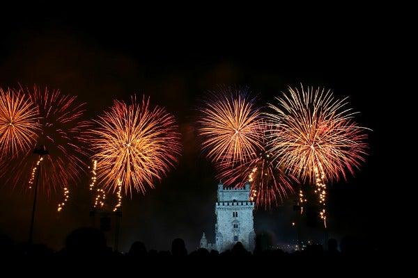 lisbona capodanno fuochi d'artificio