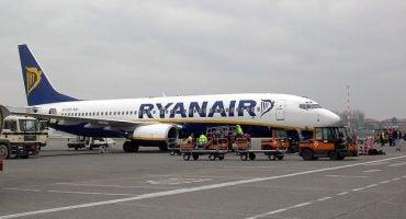Ryanair permetterà un secondo bagaglio a mano in cabina