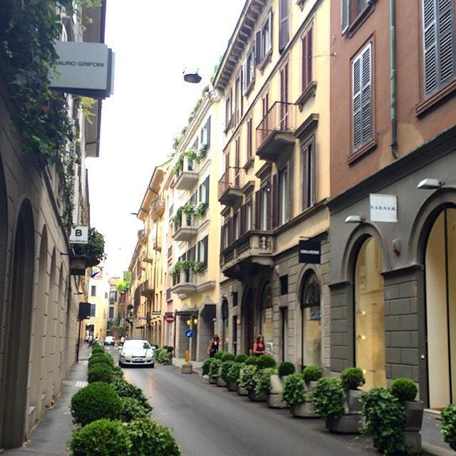 via montenapoleone milano cose da fare a milano edreams blog viaggi