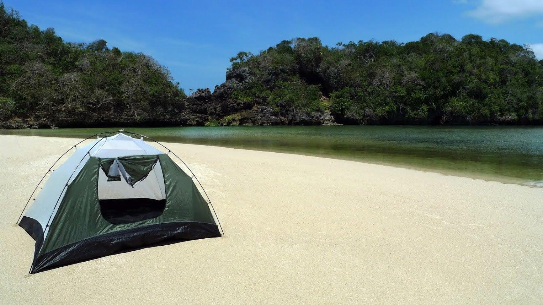 Lagoon Camping docastaway