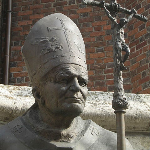 Estatua Wojtyla
