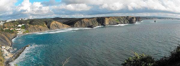 Praia-da-Arrifana.-Foto-de-Ah0orti4eva-en-Flickr