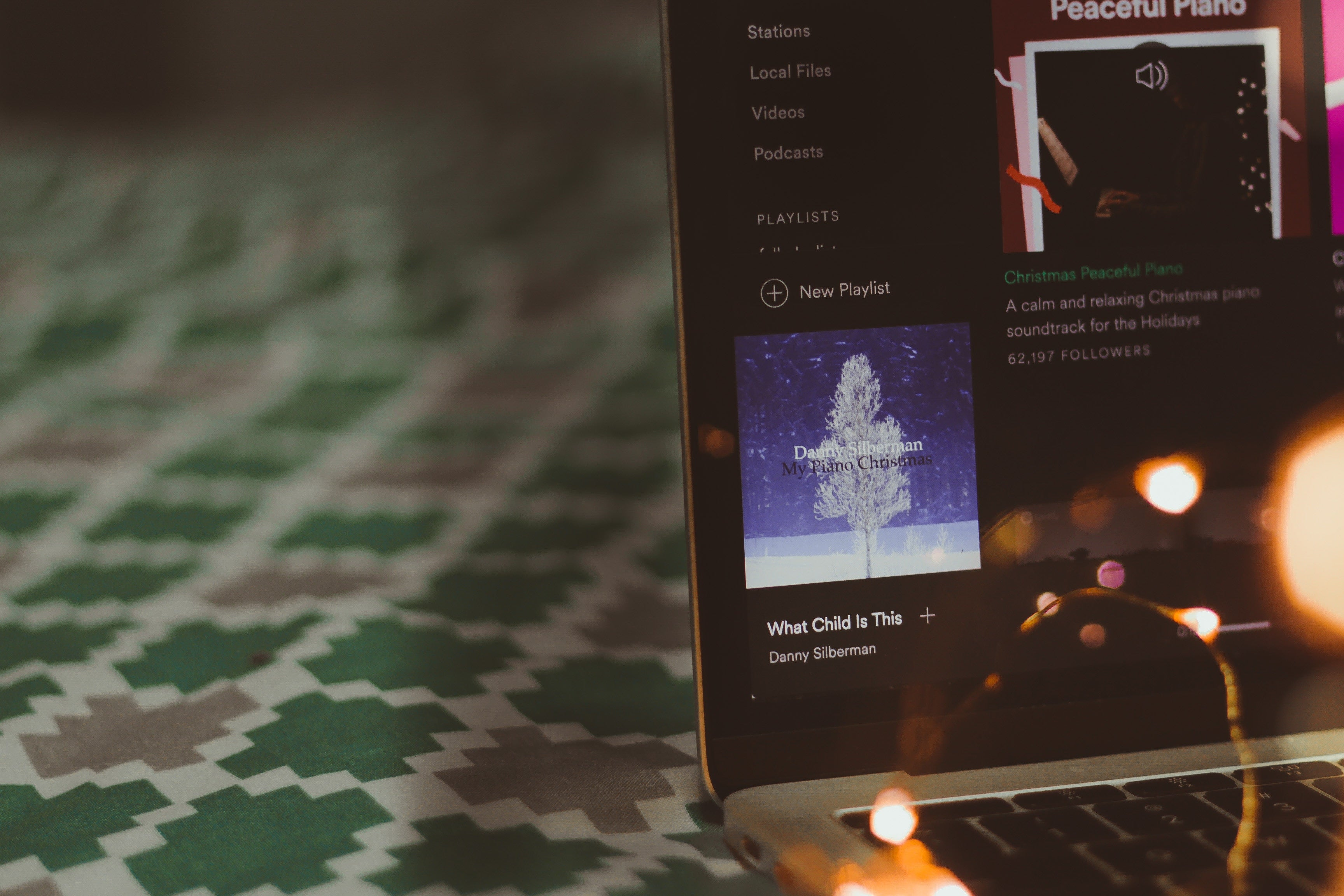 laptop musica -blog viaggi edreams