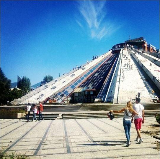 piramide cose da fare a tirana edreams blog di viaggi