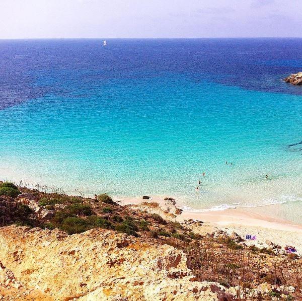 spiaggia-conigli-lampedusa edreams blog di viaggi