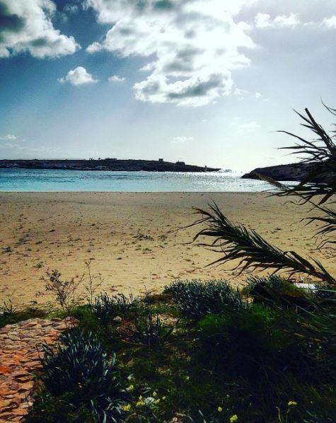 spiaggia-guitgia lampedusa edreams blog di viaggi