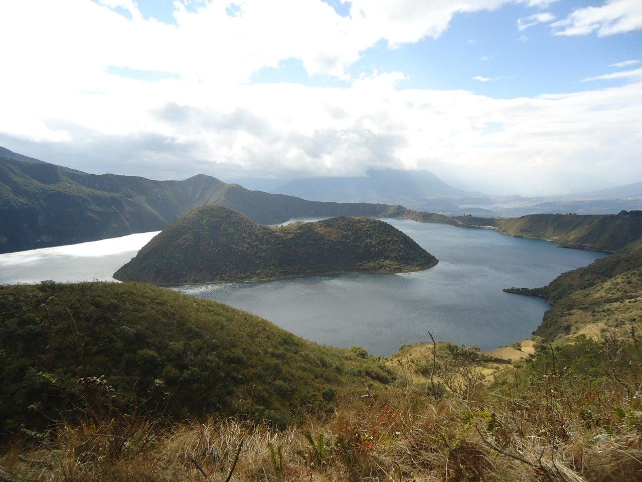 laguna san pablo cose da fare ecuador edreams blog di viaggi