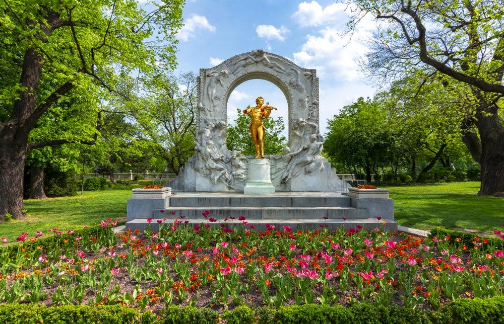 Monumento a Johann Strauss nello Stadtpark, Vienna, Austria