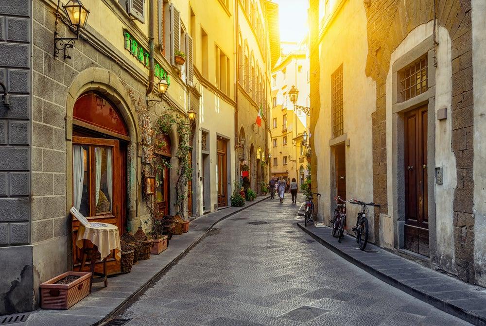 strada con ristoranti Firenze