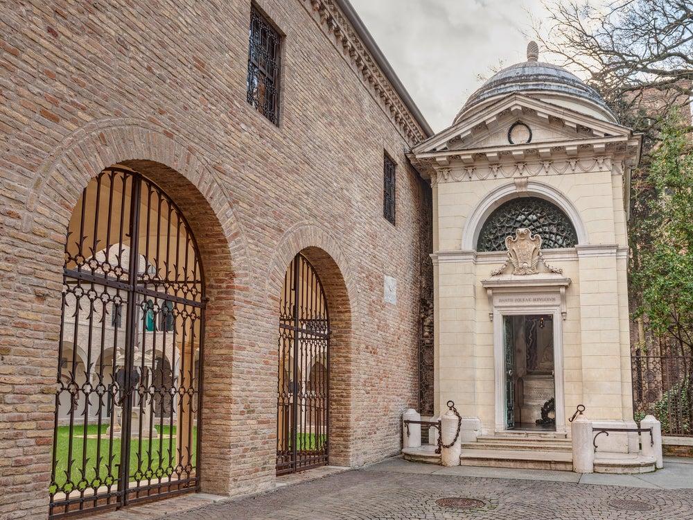 tomba di Dante Alighieri Ravenna