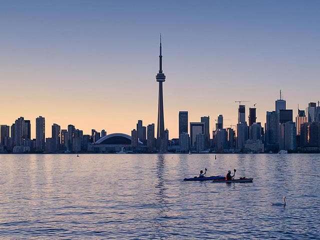 Prenota un volo per Toronto con eDreams.it
